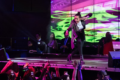 Event Photographer Marcello Rostagni captures a photo of Tinashe performing.