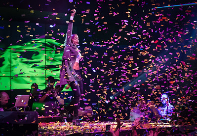 Event Photographer Marcello Rostagni captures a photo of Tinashe performing as the confetti explodes into the air.