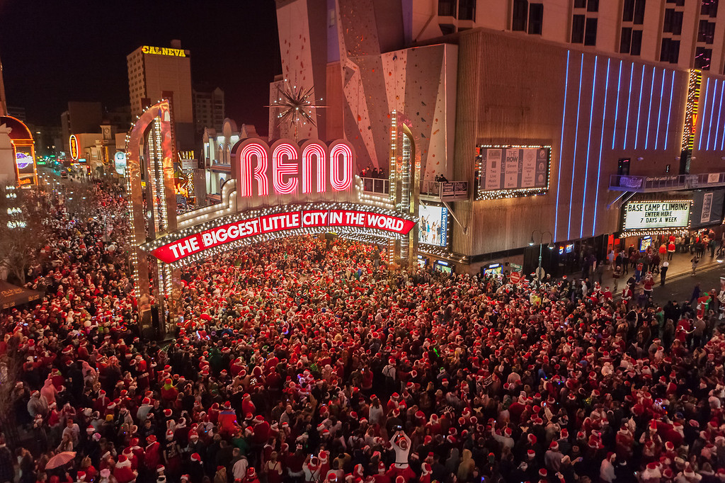 Reno Photographer Marcello captures event photography of the Santa Crawl Event in downtown reno.