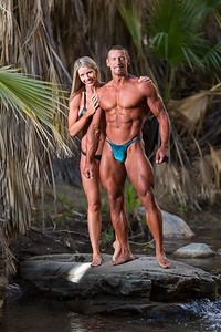Fitness photographer Marcello Rostagni photographs fitness couple in beautiful palms springs Oasis.