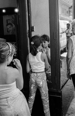 Calle Obispo. La Havana, August 1999.
