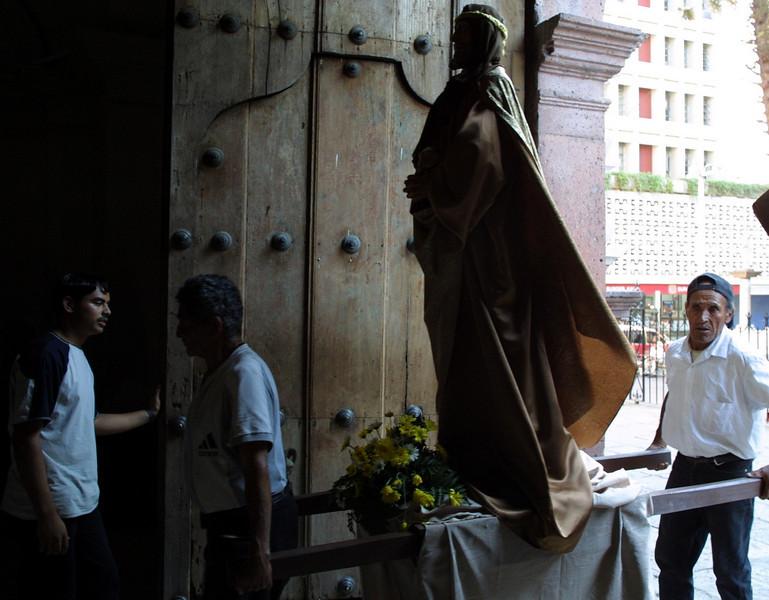 Semana Santa in Honduras 2002. REUTERS/ Adam Bernstein.
