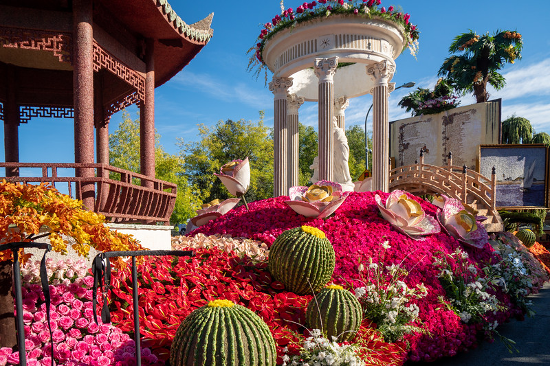 Huntington Garden's float titled Cultivating Curiosity, built by Phoenix Decorating Company