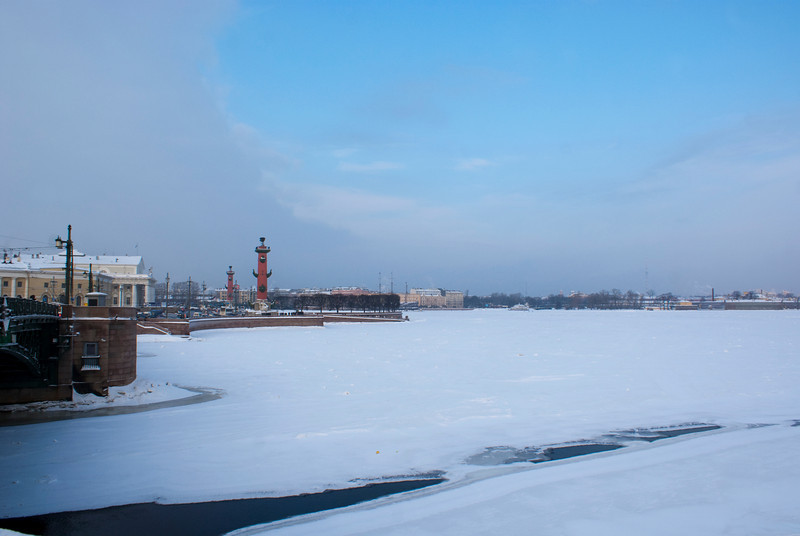 FROZEN RIVER NEVA. ST. PETERSBURG.