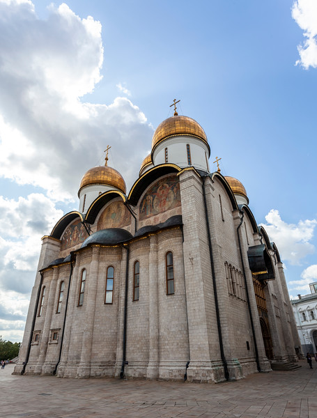 Exterior of the Cathedral of the Dormition in the Moscow Kremlin, Russia, Europe