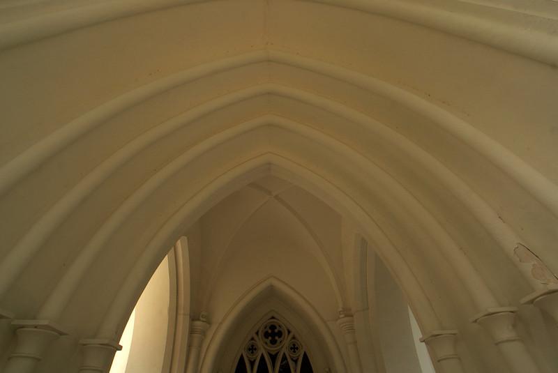 SINGAPORE. ENTRANCE OF THE ENGLISH CHURCH.