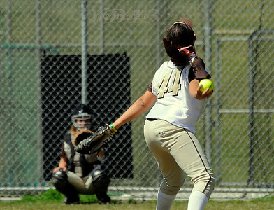 LAGUNA HILLS vs TESORO SOFTBALL 4-28-11