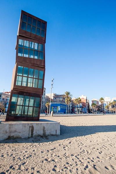 CATALONIA. BARCELONA. BARCELONETA BEACH. ART ON THE BEACH.
