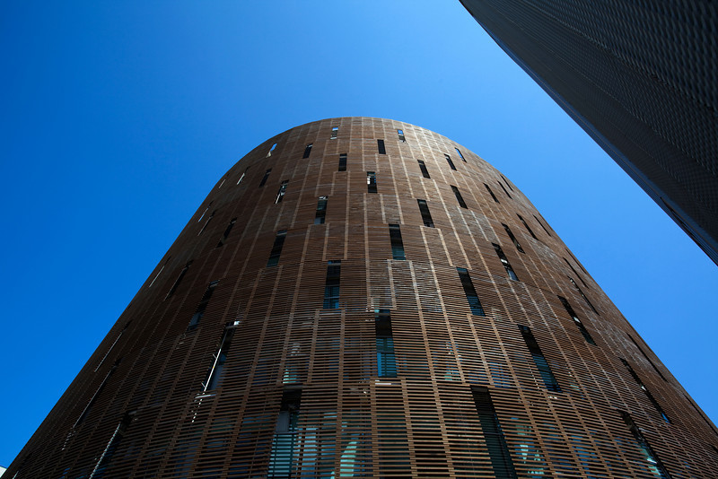 BARCELONA. PORT VELL. BUILDING OF THE INSTITUTE FOR RESEARCH IN BIOMEDICINE.