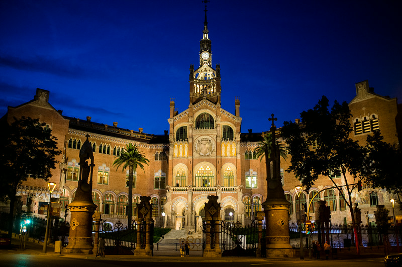 BARCELONA. CATALONIA. HOSPITAL SANT PAU BY NIGHT.