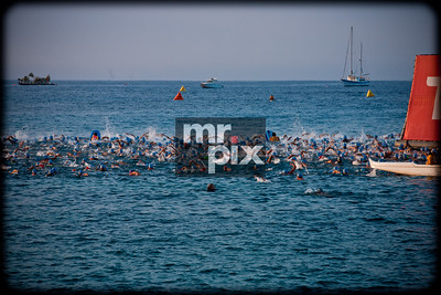 Men's Pro Swim Start - Ironman World Championship 2014
