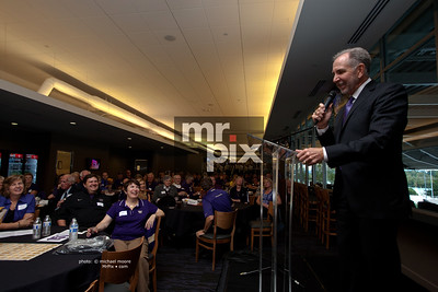 HMB University Of Washington Fundraiser Dinner