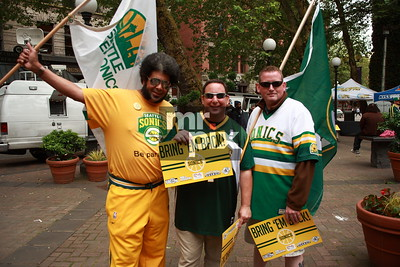 "Hired to shoot the rally ""Bring 'Em Back!""  Rally to bring back pro-basketball back to Seattle"