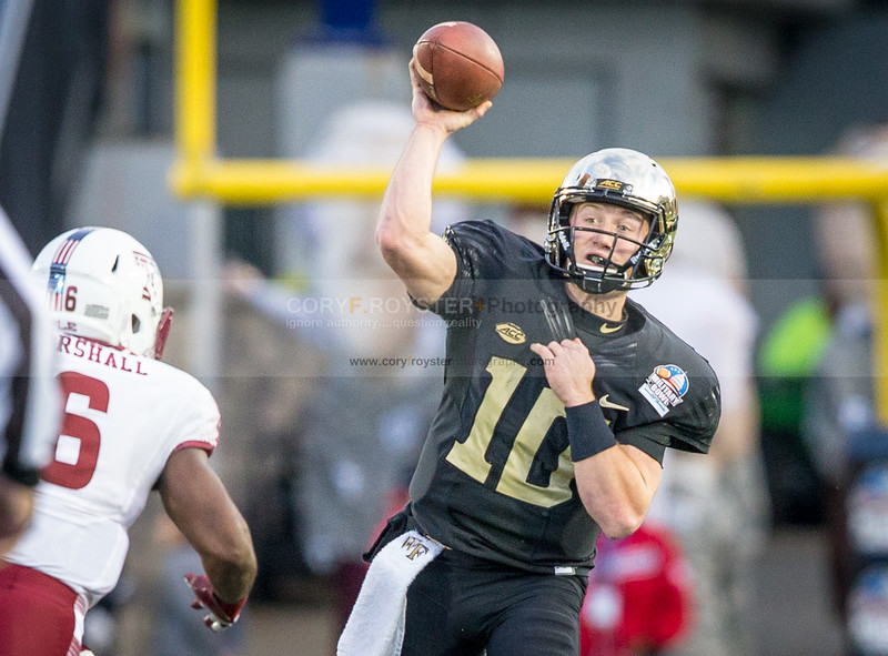 2016 Military Bowl - Wake Forest vs Temple