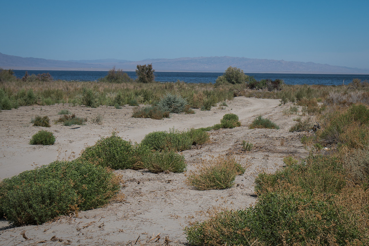 Glimpse of the Salton Sea and the Chocolate Mountains
