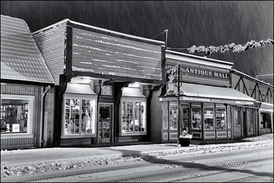 Poulsbo_Storefront_20110111_0001-1