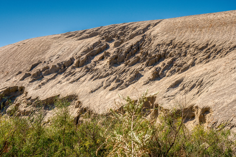 The zigzag pattern of slippage along a ridge on the San Andreas Fault