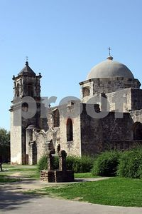 Dome and tower at Mission San Jose (San Antonio, Texas)