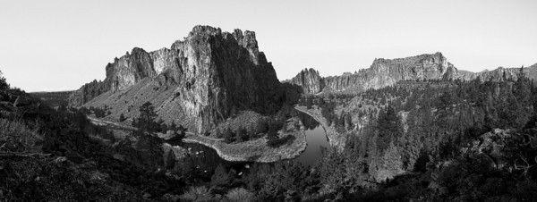 Ready Panorama Smith Rock