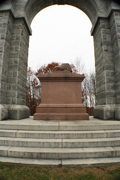 Memorial Arch <br /> Northfield, NH<br /> Vertical
