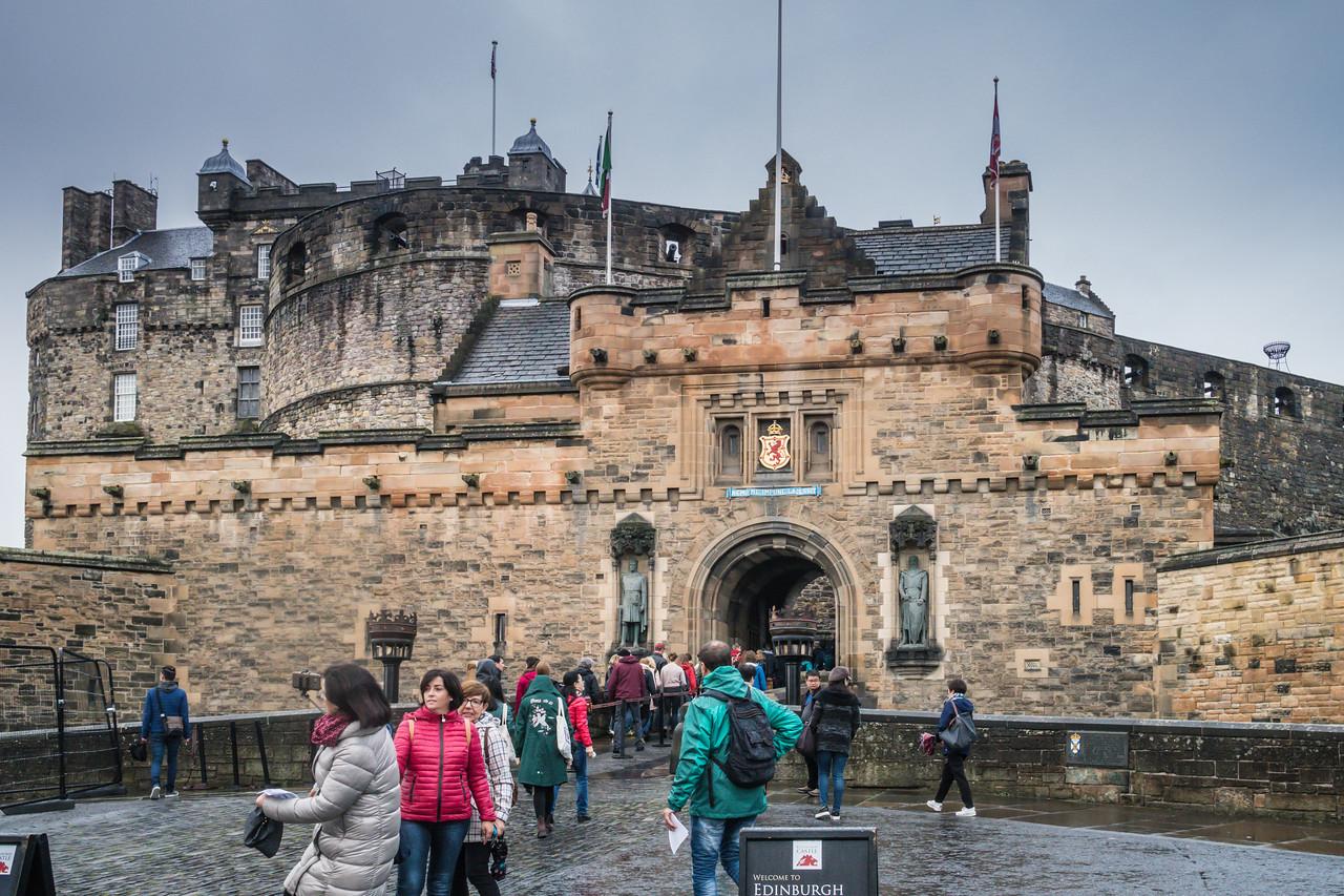 Entrance to Edinburgh Castle on a rainy morning