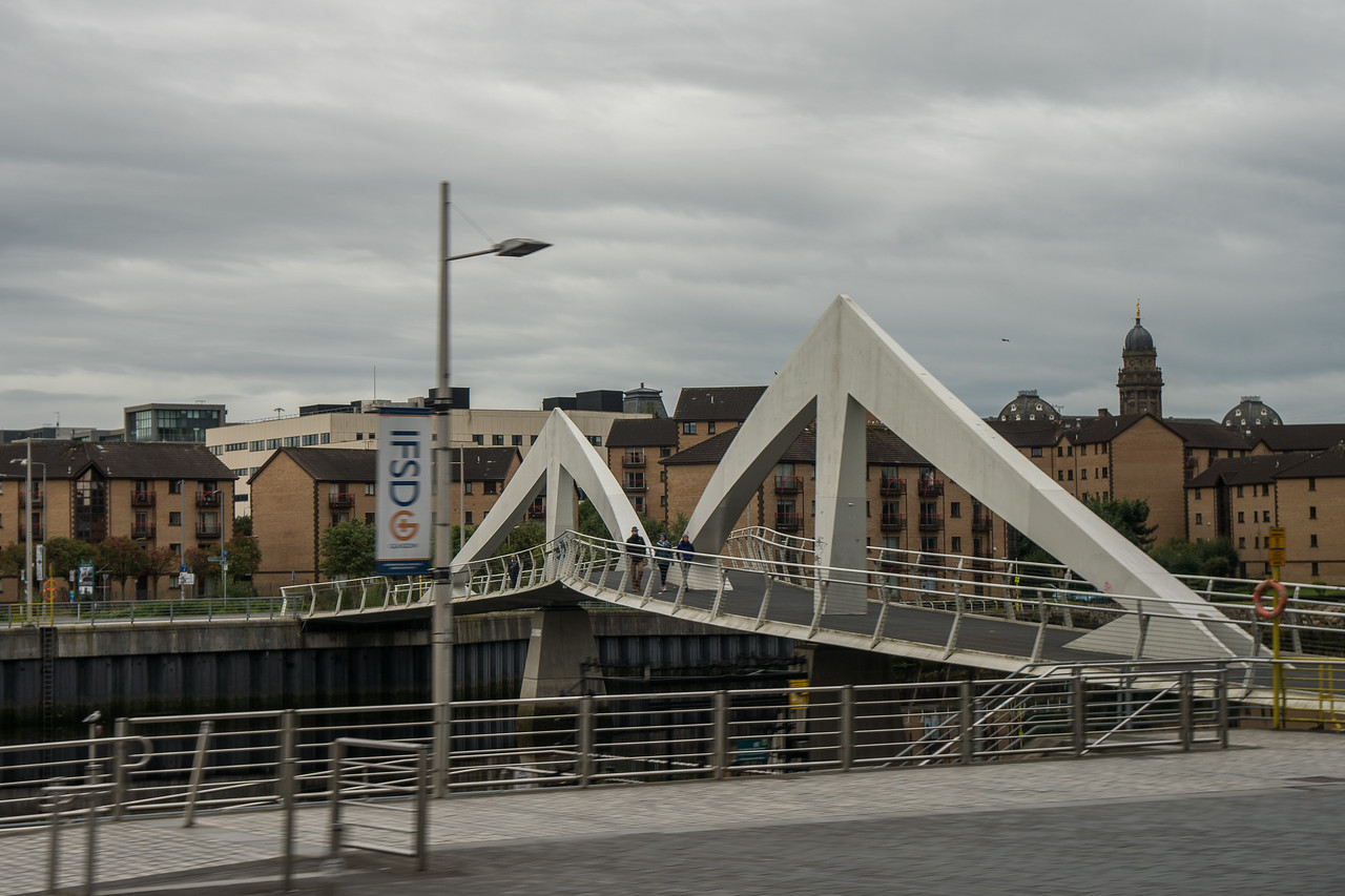 Bridge on the River Clyde in Glasgow