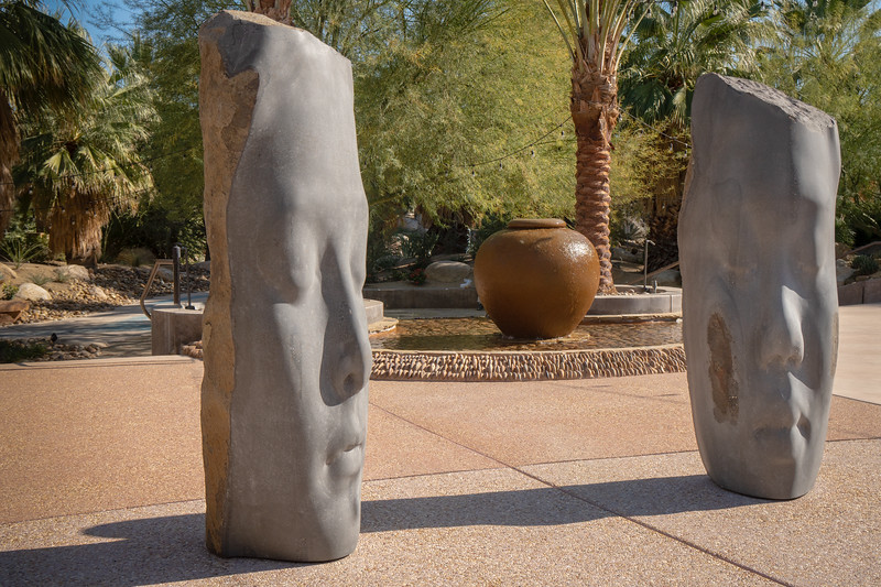 Laura and Awilda, basalt statues by Jaume Plensa