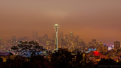 293/365 - A Foggy Fall Night in Seattle  Camera NIKON D800  Lens Nikkor 24-70 mm f/2.8 ISO 100  Focal Length 70mm  Aperture f/8  Exposure Time 6s (6/1)