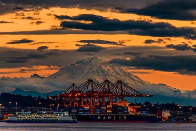 Mt.Rainier at Sunset