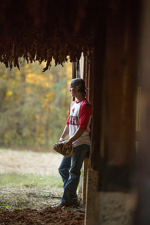 Nashville & Clarksville Senior Photographer