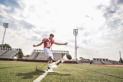 Senior Pictures Photography| Wapakoneta, OH | Football