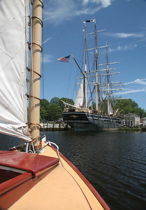 "APPROACHING ""CHARLES W. MORGAN"" - MYSTIC SEAPORT (2006)"