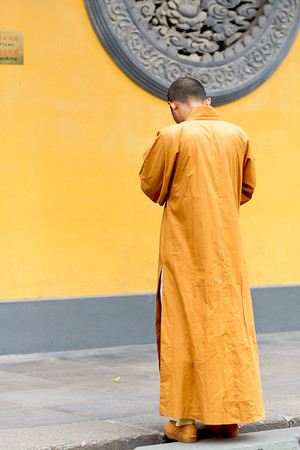Monk at Longhua Temple