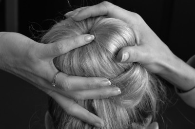 26/09: hands and hair