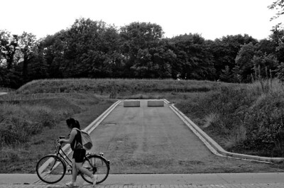 06/09: walking home