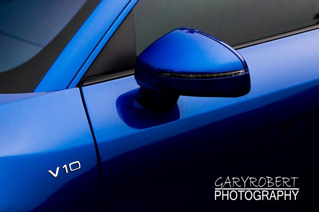Blue Audi R8 V10