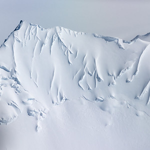 On the way from Union Glacier camp to the South Pole, one flies over an amazing frozen landscape.