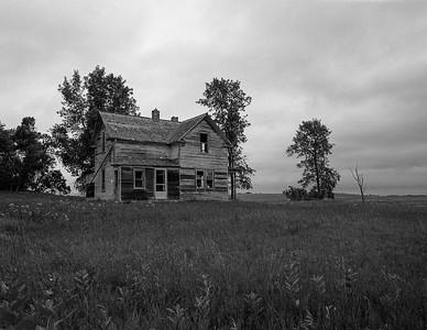 Abandoned house near Roslyn, South Dakota