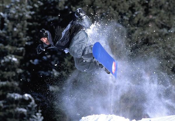 Snowboarder2