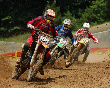 Three way battle for fourth place really heated up in the Lites class at Budds Creek National.