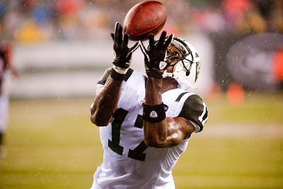 New York Jets' wide receiver Plaxico Burress (17).