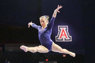 Madison Kocian collegiate return in 2018.