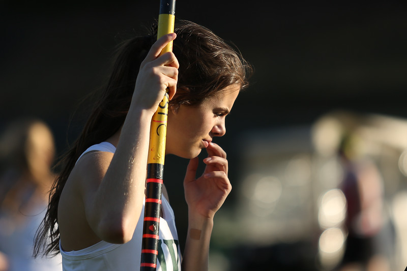 concentration before pole vaulting