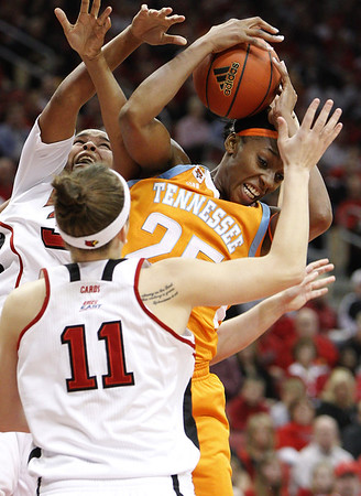 Louisville v Tennessee