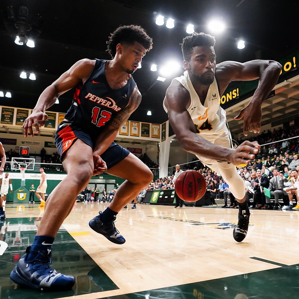 2/14/19: USF MBB vs Pepperdine at War Memorial Gym in San Francisco, CA.  Image by Chris M. Leung for USF Dons Athletics