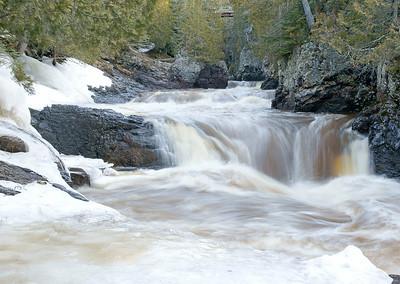 Cascade River 002