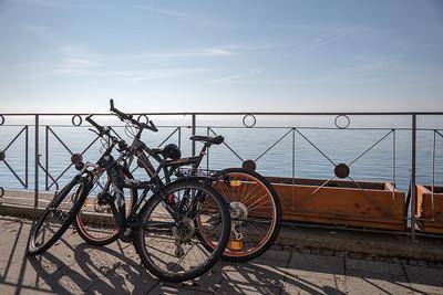 Fahrräder an der Uferpromenade, Meersburg, Bodenseekreis, Tübingen, Baden-Württemberg, Deutschland