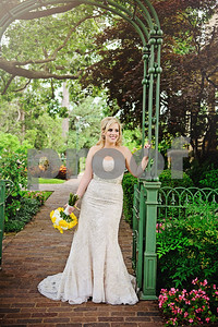 "On June 27, 2014, Sundance Photography had the pleasure of photographing Matt & Lauren as they said ""I Do"" at the beautiful Gilcrease Museum in Tulsa, Oklahoma."
