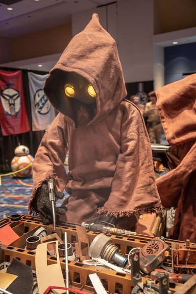 Close-up image of a hardworking Jawa