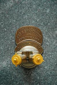 Fire sprinkler. Street life in NY near the Rockefeller Center. New York - the big Apple. USA. Aug 2004